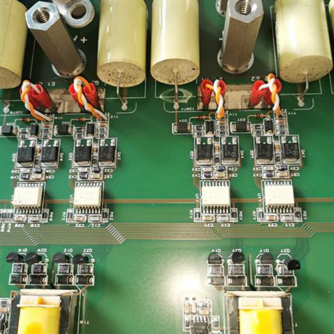 LS变频器坏了无显示,该怎么处理呢?
