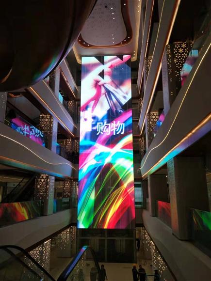 广州广百商场室内3.91透明屏120平方