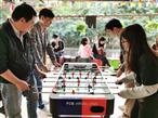 乐水山庄客人体验桌式足球