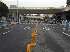 长沙市汽车西站交通枢纽 热熔标线施工