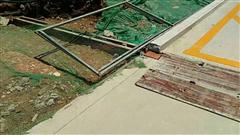 长沙市梅溪湖金茂湾项目部划线施工